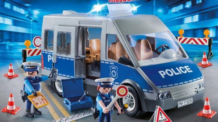 Fourgon de police avec matériel de barrage routier Playmobil 9236