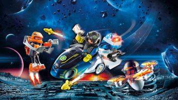 Moto et policier de l'espace Galaxy Police Playmobil 70020